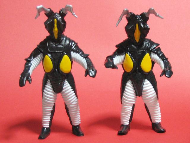 左:マックス版ゼットン 右:初代ウルトラマン版ゼットン