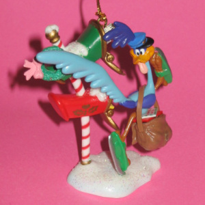 COLLECTIBLE ORNAMENTS/ Roadrunner At North Pole With Mailbag / by MATRIX (1996)