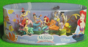 PVC figurine set / The Little Mermaid Ariel and her sisters / by Disney Store