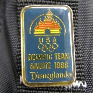 PINS/ OLYMPIC TEAM SALUTE 1988 Disneyland