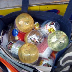 バッグいっぱいのカプセル