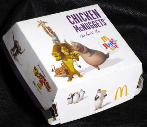 CHICKEN McNAGGETS / MADAGASCAR 2 Escape Africa