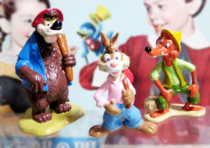 PVC figure / SPLASH MOUNTAIN / SONG OF THE SOUTH / Brer Bear , Brer Rabbit and Brer Bear / Theme Park exclusive