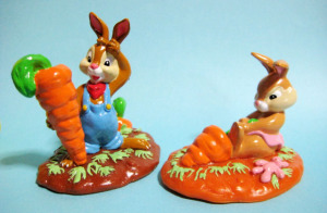 PVC figure / SPLASH MOUNTAIN  / Rabbit Boy and Girl / Tokyo Disneyland exclusive