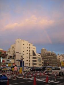 薄れゆく虹