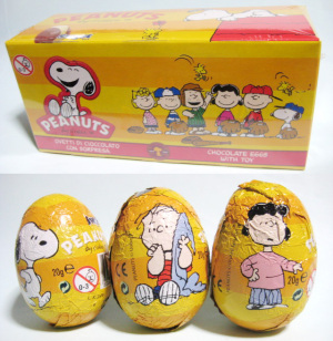 CHOCOLATE EGGS with TOY / PEANUTS