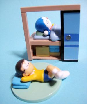 昼寝(のび太)とドラえもんの寝室