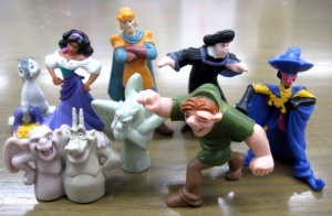 Hunchback of Notre Dame / LION BAR Figurine