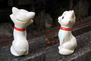 Figurine Bank / Aristocat (1972) by Bank of Mitubishi (JAPAN)