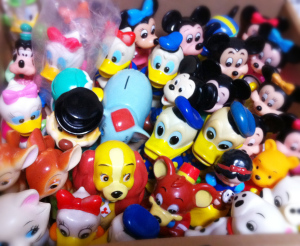 Novelties of Mitsubishi Bank / Disney characters