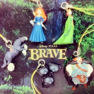 Disny PIXAR / Brave Figurine mascot strap / By T-Arts