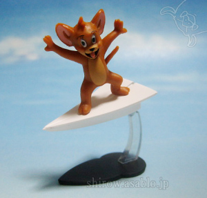 Collectable Figurine / Tom and JERRY Chiccha-Friends / Jerry on Paper Plane / by F-toys Confect. (Japan)