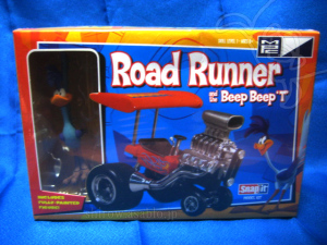 Plastic Model / Road Runner and Beep Beep T. / by MPC