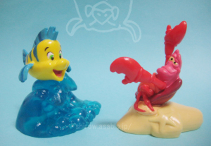 PVC Figurine/LITTLE MERMAID Flounder and Sebastian (1997)by apllause