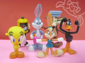 HAPPY MEAL TOY / LOONEY TUNES show (2013)