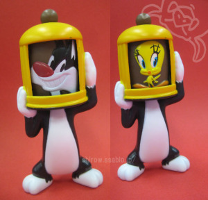 HAPPY MEAL TOY / LOONEY TUNES show (2013)/Sylvester and Tweety