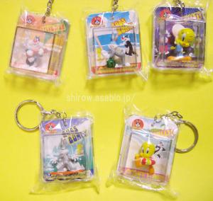 LOONEY TUNES Package Style Summer Keychain Figure (2001)by SEGA Japan