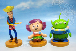 Woody, Dolly and Alien / Choco-Egg PIXAR 3 (Furuta /JAPAN)