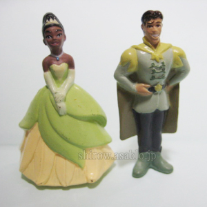 Zaini Chocolate Egg / Disney The Princess and the Frog / Tiana and Prince Naveen
