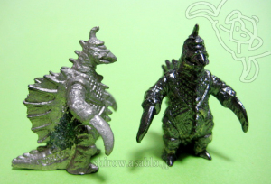 Mini Metal Figurine Godzilla Collection (by TAKARA JAPAN)/ GIGAN