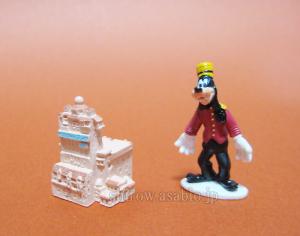 Disneyland - Walt Disney World Collector Packs Series-5 /WDW Hollywood Tower Hotel, Hollywood Tower Bellhop Goofy