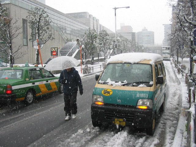東京、久々の積雪