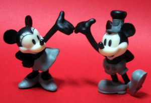 PVC / Mickey and Minnie (Steamboat Willie/1928)