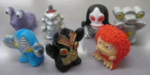 指人形/バルタン星人、バルタン星人Jr.、ガラモン、ナメゴン、ウィンダム、ダダ、セブンガー