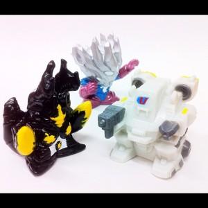怪獣指人形/ハイパーゼットン、Uローダー、ウルトラマンサーガ