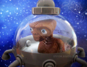 PULLBACK TOY /E.T. in the UFO /UNIVERSAL STUDIO JAPAN