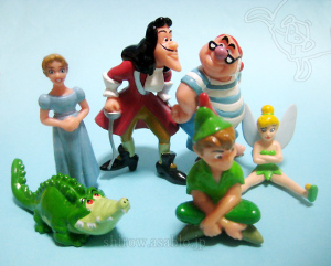 collectible Figurine/ Peter Pan /  Park Exclusive Japanese version (90s)